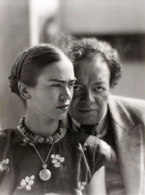 Frida Kahlo and Diego Rivera - Mexico 1933 photo by Martin Munkacsi